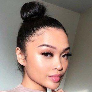 Jasmin Elago 4 of 10