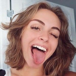 Jasmin Lind 2 of 6