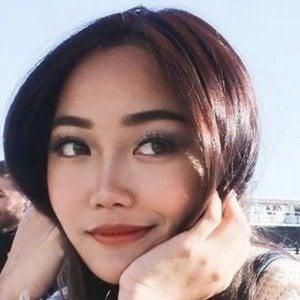 Jasmine Lee 2 of 10