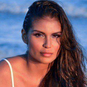 Jazmín Ivy Rodríguez 3 of 10