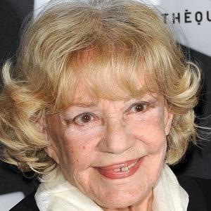 Jeanne Moreau 2 of 5