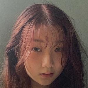 Jelina Lim Headshot 9 of 10