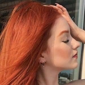 Jenn Ramos Headshot 6 of 10