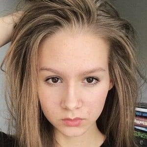 Jenna Licciardo-Toivola 3 of 6