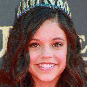 Jenna Ortega 2 of 9
