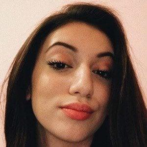 Jenna Proetto 2 of 4