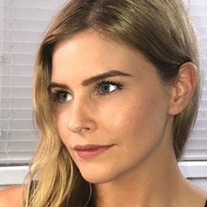 Jenna Rosenow 5 of 6