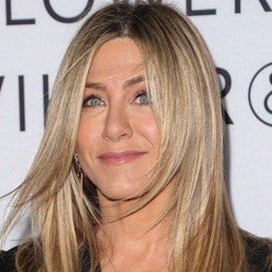 Jennifer Aniston - Bio, Facts, Family | Famous Birthdays