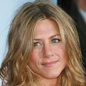 Jennifer Aniston - Bio, Facts, Family   Famous Birthdays  Jennifer Aniston