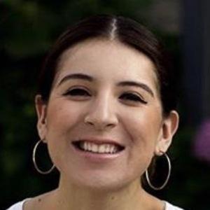 Jennifer Avina 5 of 6