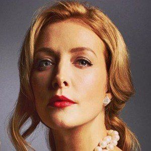 Jennifer Finnigan 3 of 6
