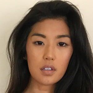 Jennifer Lee 4 of 6