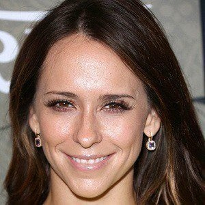 Jennifer Love Hewitt 3 of 10