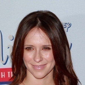 Jennifer Love Hewitt 7 of 10
