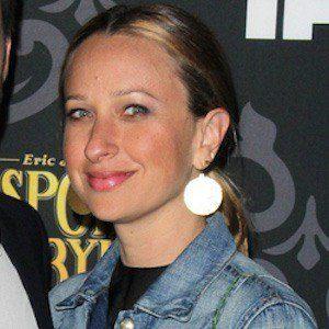 Jennifer Meyer 3 of 4