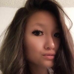 Jenny Feng 4 of 6