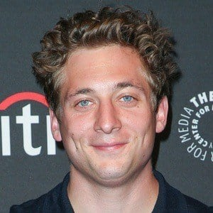 Jeremy Allen White 5 of 5