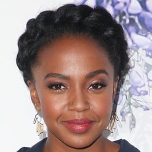 Jerrika Hinton 8 of 9