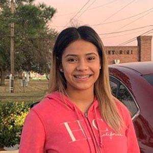 Jesica Pedroza 4 of 10