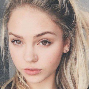 Jess Brooke 6 of 7