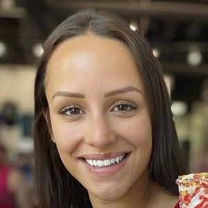Jessica Graf Headshot 10 of 10