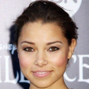 Jessica Parker Kennedy 2 of 6