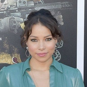 Jessica Parker Kennedy 8 of 10