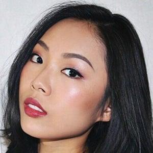Jessica Wong 3 of 6