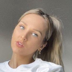 Jessie Wynter 5 of 10