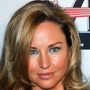 Jill Goodacre 3 of 5