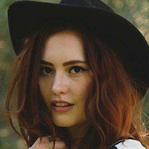 Jillian Clare 5 of 6