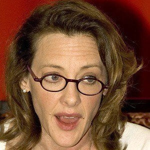 Joan Cusack 4 of 8