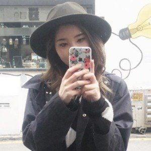 Joan Kim 8 of 10