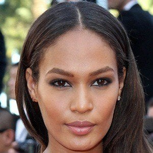 Joan Smalls 3 of 8