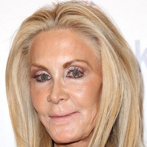 Joan Van Ark 6 of 9