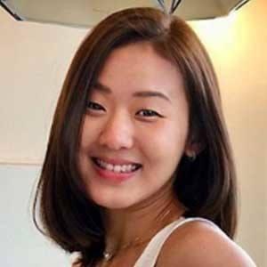 Joanna Soh 4 of 5