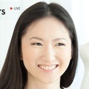 Joanna Zhou 4 of 9