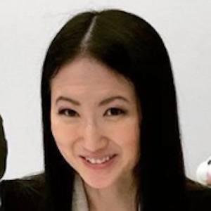 Joanna Zhou 5 of 9