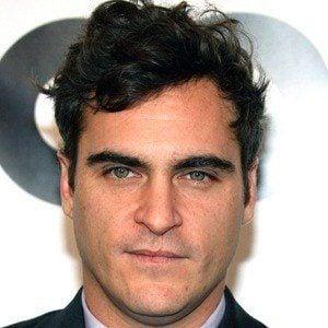Joaquin Phoenix 9 of 10