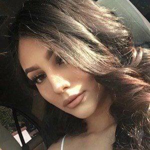 Jocelyn Tuellez 4 of 10