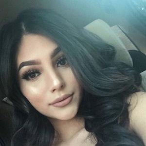 Jocelyn Tuellez 6 of 10