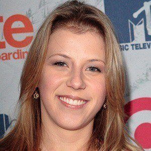 Jodie Sweetin 2 of 10