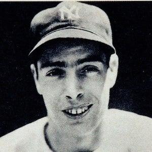Joe DiMaggio 2 of 5