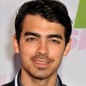 Joe Jonas 3 of 10