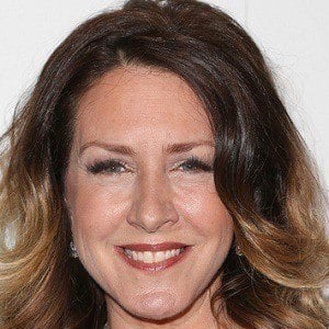 Joely Fisher 3 of 6