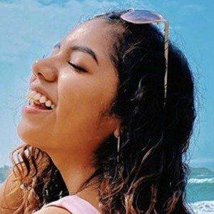Johanna De La Cruz 3 of 6