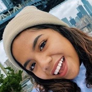 Johanna De La Cruz 6 of 6