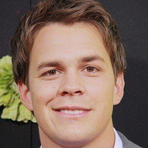 Johnny Simmons 2 of 5