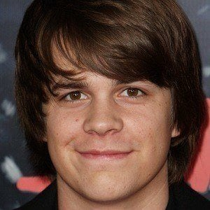 Johnny Simmons 4 of 5