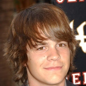 Johnny Simmons 7 of 9